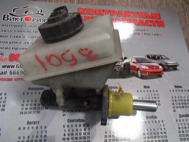 Главный тормозной цилиндр для Audi 80 (1992) - фото #2