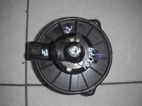 Моторчик вентилятора печки Toyota Raum NCP20 (2003)